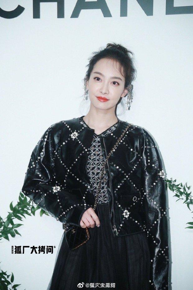 Sự kiện chứng kiến màn xuống sắc của sao Cbiz: Lưu Thi Thi - Châu Tấn già chát bên thảm hoạ Kim Ưng, loạt mỹ nam gây thất vọng - Ảnh 8.