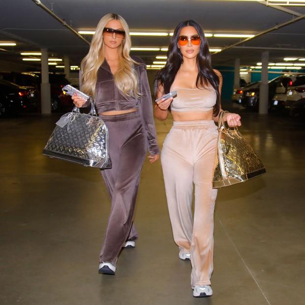 Sao Hollywood làm gì trước khi nổi tiếng: Kim làm hầu của Paris Hilton, Người Sói chưa bất ngờ bằng Cindy Crawford... lột vỏ ngô - Ảnh 5.