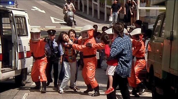 Ông hoàng phim 18+ Hong Kong từng giấu dịch, dùng cách man rợ lây cho cộng đồng rồi nhận cái chết cực đắng? - Ảnh 11.