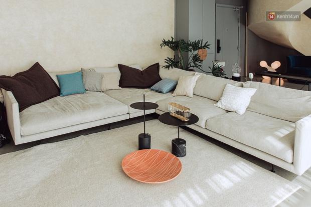 Cận cảnh penthouse 8 tỷ của Vũ Dino: Góc nào cũng chill, sofa hơn 100 triệu khiến khách chỉ muốn... làm biếng - Ảnh 3.