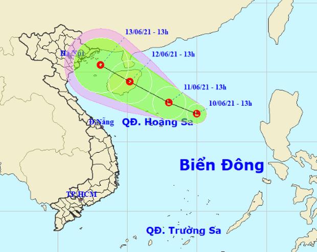 Xuất hiện vùng áp thấp trên Biển Đông, Bắc Bộ mưa to đến rất to, nguy cơ lũ quét và sạt lở đất - Ảnh 1.