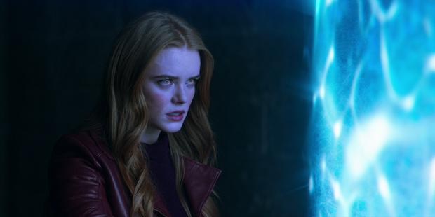 5 phim cháy vé Netflix nửa đầu 2021: Phép thuật Winx cũng không có cửa so lại một cái tên vừa ra mắt! - Ảnh 5.