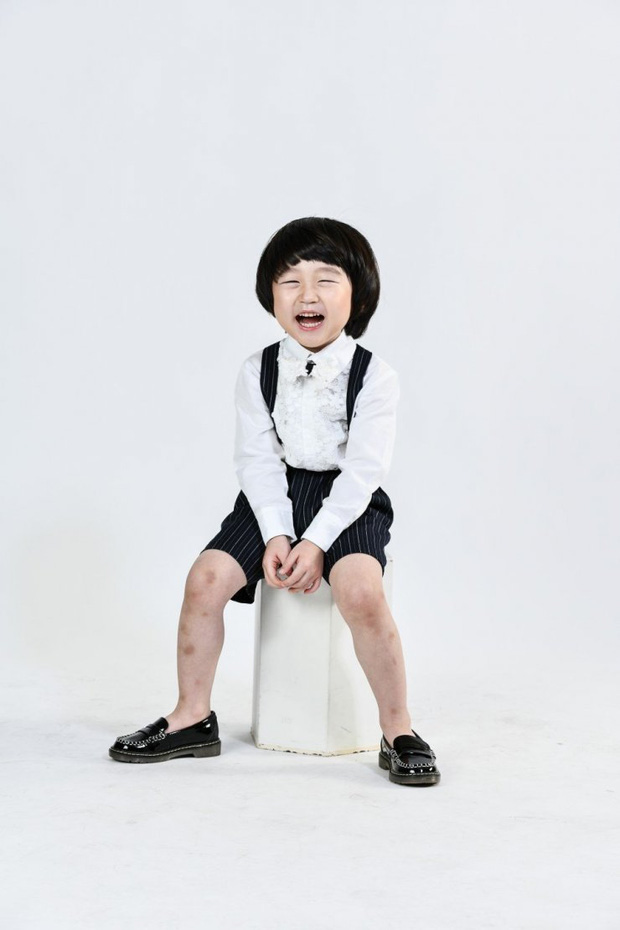4 nhóc tì siêu cưng ở phim Hàn: Tiểu Lee Min Ho diễn cực đỉnh, 3 bé còn lại ai cũng muốn bắt về nuôi - Ảnh 12.