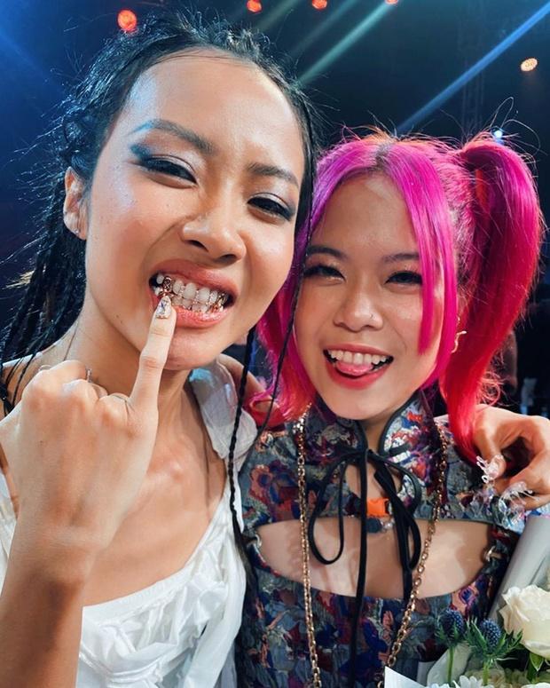 Tlinh mang hit tại Rap Việt đi diễn, netizen kháo nhau: Sáng suốt về team Suboi vì có núi beat free không lo bản quyền - Ảnh 4.