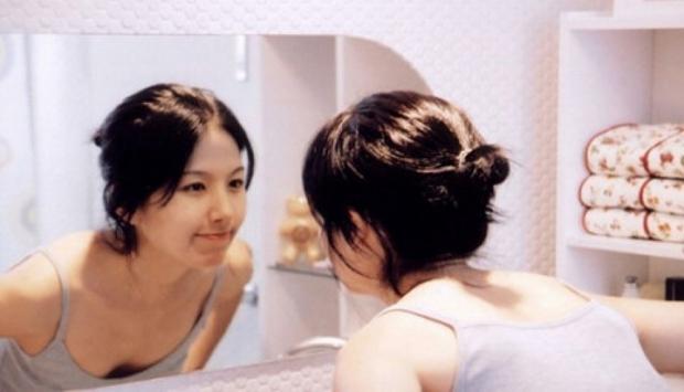 Nữ diễn viên Hàn tự tử sau khi đóng cảnh nóng thật 100%: Bị mỉa mai ngoại hình kém sexy, trở thành nạn nhân của lạm dụng tình dục? - Ảnh 2.