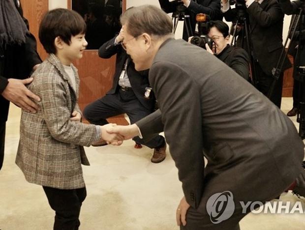 Phát sốt với profile con trai Lee Bo Young ở Mine: Diễn xuất cực đỉnh, 10 tuổi đã có phim thắng Oscar - Ảnh 9.