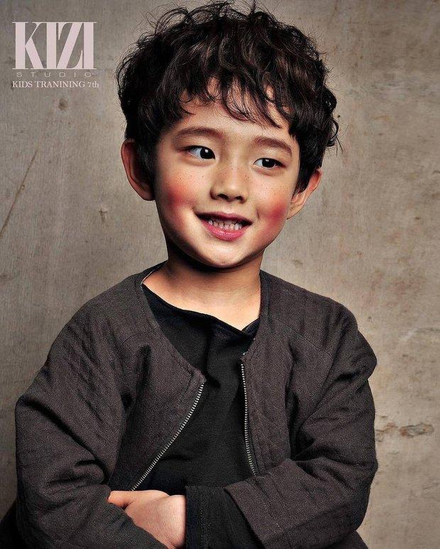 Phát sốt với profile con trai Lee Bo Young ở Mine: Diễn xuất cực đỉnh, 10 tuổi đã có phim thắng Oscar - Ảnh 11.