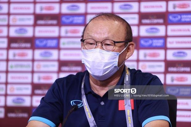 HLV Park Hang-seo: Tôi muốn tuyển Việt Nam thi đấu lạnh lùng - Ảnh 1.