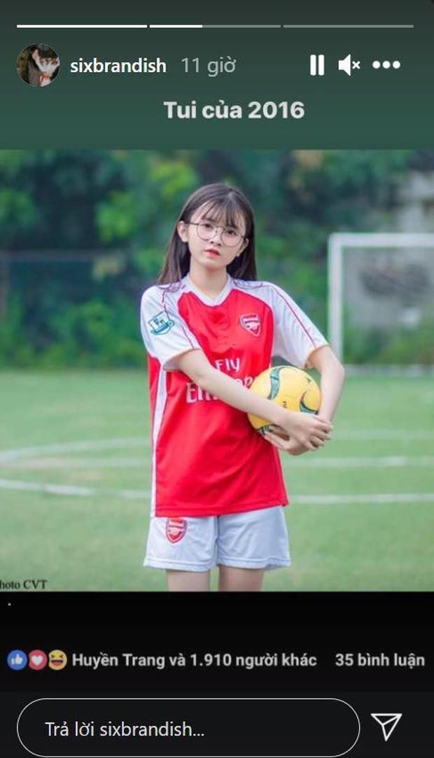 Bạn gái Lai Bâng bất ngờ đào lại ảnh cũ, hóa ra cũng là hotgirl bóng đá vạn người mê từ thuở nào! - Ảnh 1.