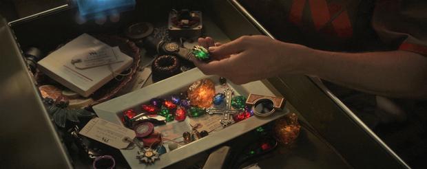 Chi tiết chấn động Marvel trong Loki tập 1: Hóa ra Black Widow lẫn Gamora chết đều vô nghĩa, Thanos đúng là tuổi tôm? - Ảnh 1.