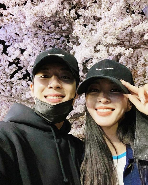 Chưa hết biến: Choi Ji Woo bị tố cặp kè chủ tịch, tẩy trắng cho chồng từ trai bao thành CEO nhưng lại bị cắm sừng? - Ảnh 7.
