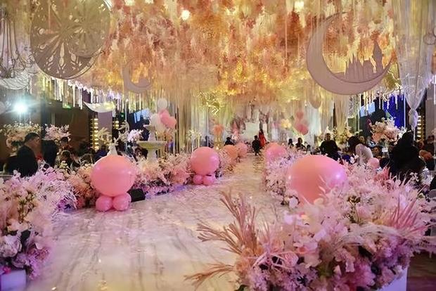 Trào lưu tổ chức sinh nhật tuổi 12 xa xỉ như đám cưới ở Trung Quốc: Món quà sĩ diện của bố mẹ, lời nguyền cho tâm hồn trẻ thơ - Ảnh 4.
