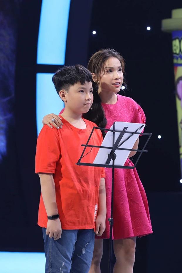 Siêu Tài Năng Nhí: Cô bé 9 tuổi hạ gục phép tính 20 số hàng nghìn trong 25 giây! - Ảnh 4.