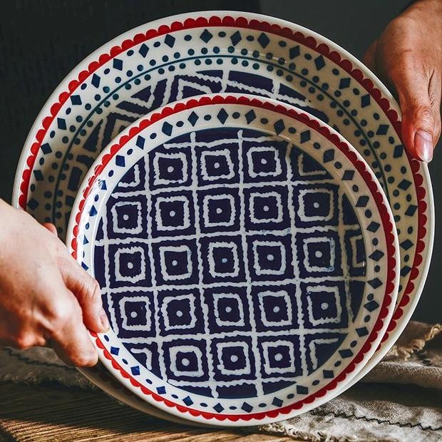 Nấu bữa nào bữa nấy xịn xò như Lan Khuê với loạt bát đĩa siêu đẹp nhìn là biết gia chủ có gu thẩm mỹ - Ảnh 11.