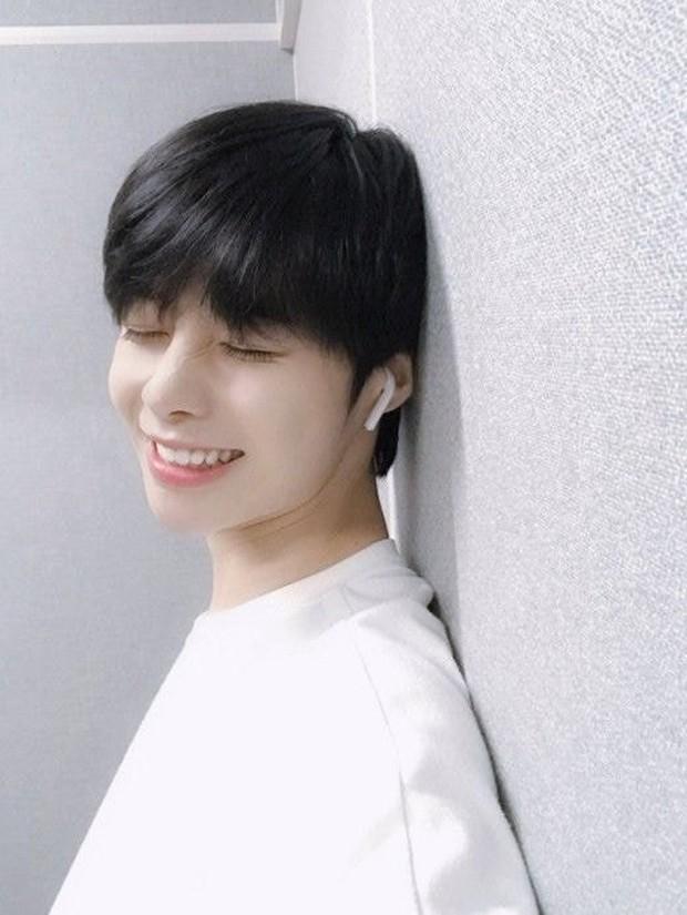 Knet ngỡ ngàng trước tin trainee Việt Hanbin sắp debut, khen giống đàn em BTS nhưng tên khó đọc quá! - Ảnh 3.