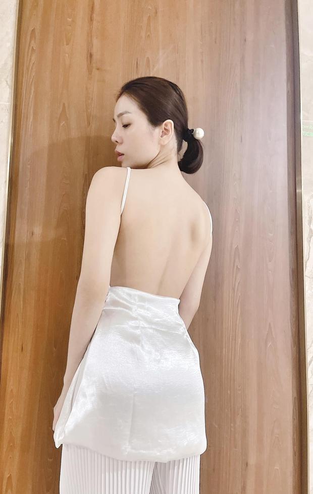 Bị netizen soi xét vì lớn tuổi mà vẫn khoe cơ thể, Lệ Quyên đáp trả: Ai cũng có mắt nhìn và biết rõ đẹp xấu bạn ơi - Ảnh 3.