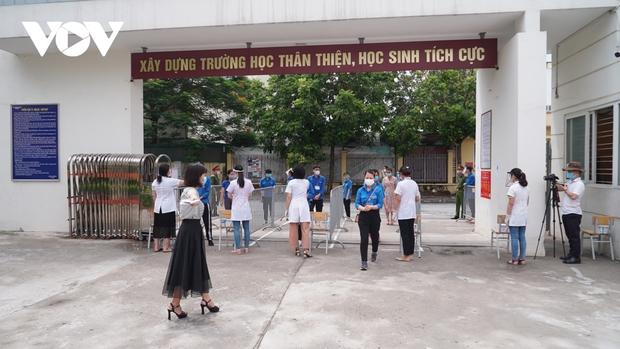 """Các quận huyện có học sinh diện """"F"""" tại Hà Nội gấp rút chuẩn bị cho kỳ thi vào lớp 10 - Ảnh 1."""