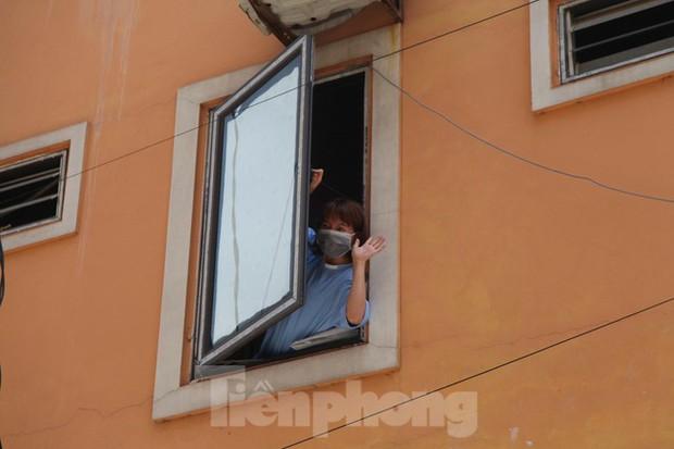 Dịch kéo dài, chưa có việc, nhiều công nhân ở Bắc Giang mong sớm về quê - Ảnh 2.