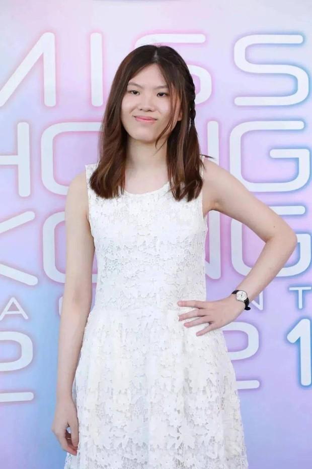 Vòng sơ tuyển chưa từng có trong lịch sử cuộc thi Hoa hậu: Thí sinh nhan sắc đã tệ lại còn khác xa ảnh đăng ký trên mạng - Ảnh 8.