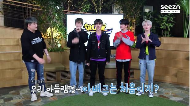Điểm danh loạt idol Kpop nghiện chạy bo: Baekhyun, Bomi, V BTS... đều đủ cả - Ảnh 8.