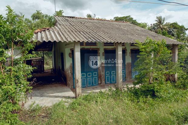 Trực tiếp đến Tiền Giang: Đau lòng khi thấy nhà Hồ Văn Cường bị bỏ hoang, hàng xóm kể lâu rồi không thấy bố mẹ ruột và Phi Nhung về thăm - Ảnh 9.
