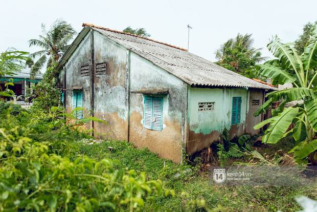 Trực tiếp đến Tiền Giang: Đau lòng khi thấy nhà Hồ Văn Cường bị bỏ hoang, hàng xóm kể lâu rồi không thấy bố mẹ ruột và Phi Nhung về thăm - Ảnh 10.
