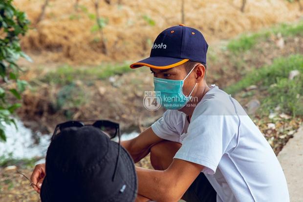 Trực tiếp đến Tiền Giang: Đau lòng khi thấy nhà Hồ Văn Cường bị bỏ hoang, hàng xóm kể lâu rồi không thấy bố mẹ ruột và Phi Nhung về thăm - Ảnh 17.