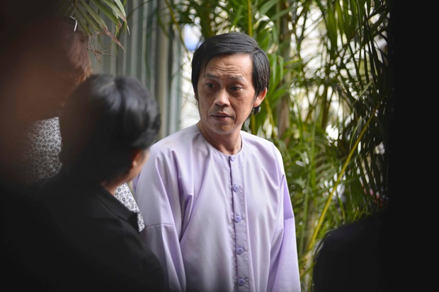 """Hoá ra Hoài Linh từng xây nhà thờ rộng lớn ở Quảng Nam, hàng xóm ở đây """"bóc"""" con người nam NS ngoài đời ra sao? - Ảnh 6."""