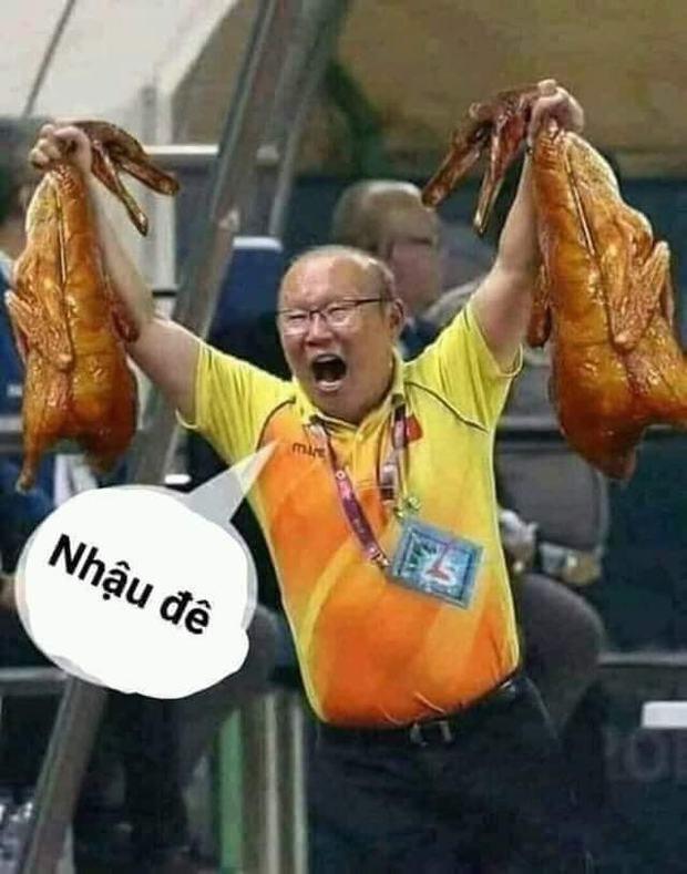 Việt Nam thắng Malaysia, meme cười bể bụng ngập tràn mạng xã hội, biểu cảm của nam cầu thủ đội bạn chiếm spotlight - Ảnh 9.
