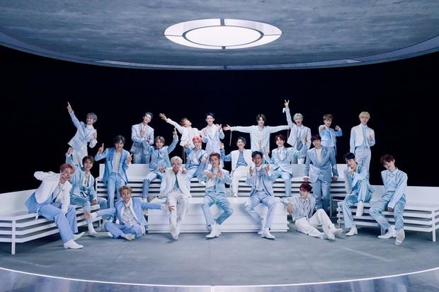 Xôn xao BXH 30 nhóm nhạc nam hot nhất: EXO trở lại đối đầu BTS cực gắt, SHINee và boygroup thế hệ 2 trỗi dậy ngỡ ngàng - Ảnh 4.