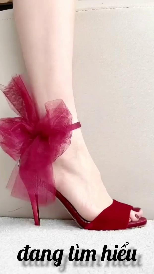 Clip: Hà Hồ mách nước cho chị em 7 loại giày xinh phù hợp mọi tình trạng hôn nhân, độc thân hay mẹ bỉm đều đi được hết! - Ảnh 3.