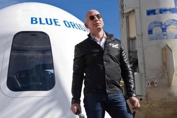 Rủi ro Jeff Bezos phải đối mặt khi bay lên trời là gì? - Ảnh 1.