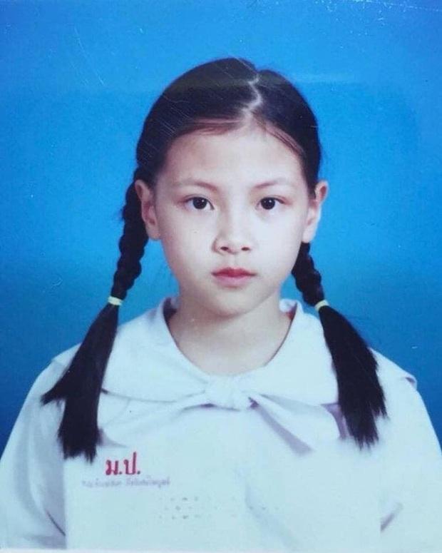 Nữ thần Baifern (Chiếc Lá Bay) khoe ảnh mới nhưng bị chê kém Hương Giang, netizen tranh cãi còn lôi ra cả bằng chứng - Ảnh 6.