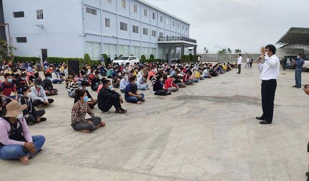 1.000 công nhân Campuchia chạy trốn xét nghiệm COVID-19: Người bệnh lấy người khỏe làm lá chắn - Ảnh 2.