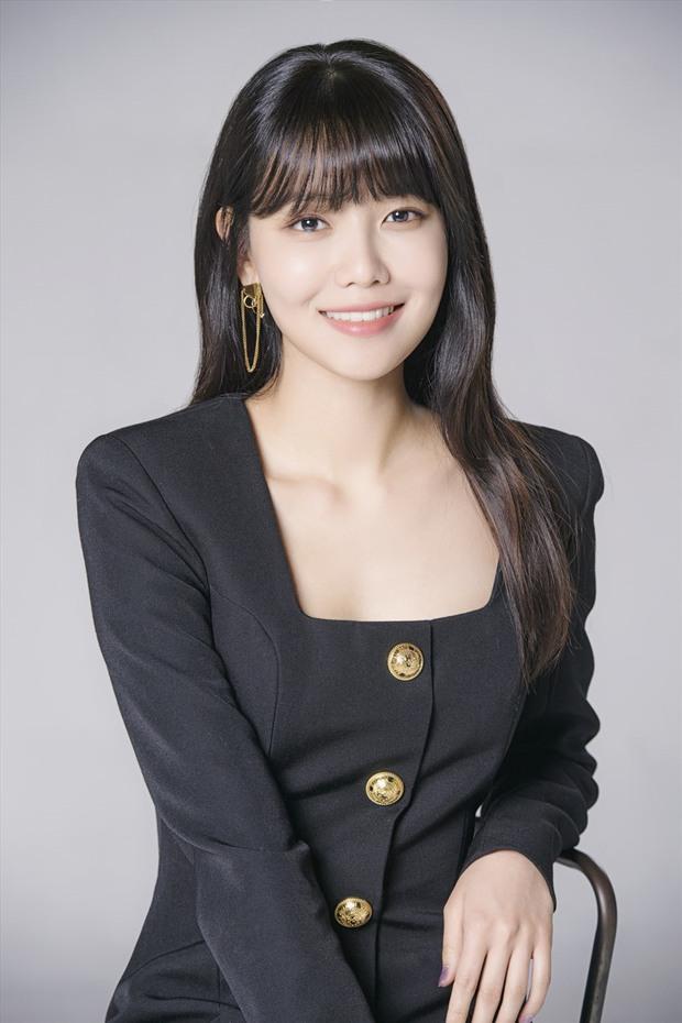 Sooyoung (SNSD) bất ngờ tương tác thân thiết với Junho (2PM), fan đòi 2 nhóm tái hợp diễn lại Cabi Song 10 năm trước - Ảnh 2.