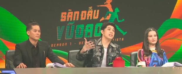 Hậu Hoàng hoá đồng chí Thuý Hậu, mang concept Sao Nhập Ngũ lên sân khấu nhảy Hip-hop! - Ảnh 5.