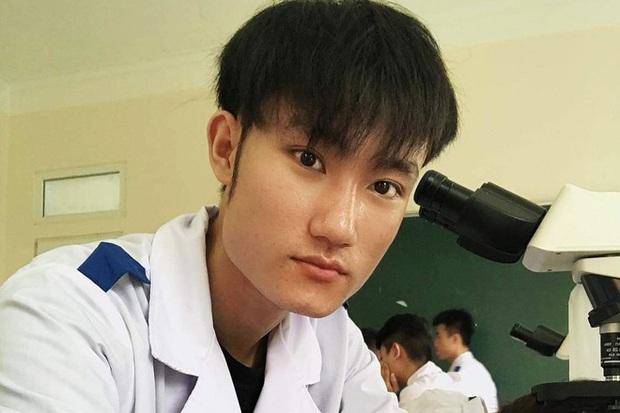 Hơn 1.000 sinh viên ĐH Y khoa Vinh viết đơn tình nguyện tham gia chống dịch - Ảnh 1.