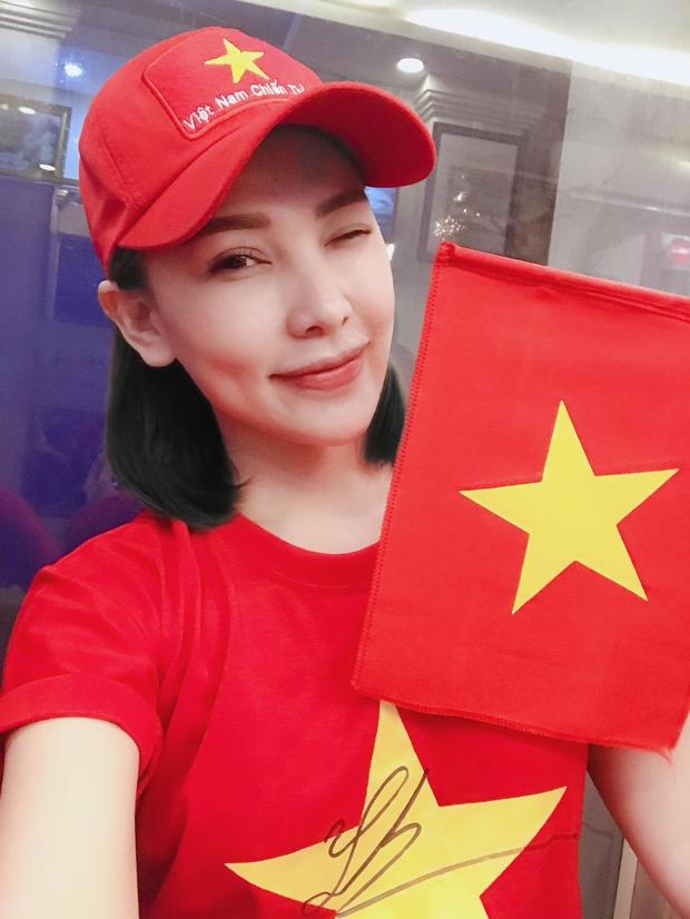 """Hoá ra Tiến Linh đã nhập hội """"chỉ follow mình em"""", nữ chính không phải Hồng Loan mà là 1 mỹ nhân sexy đình đám Vbiz? - Ảnh 5."""