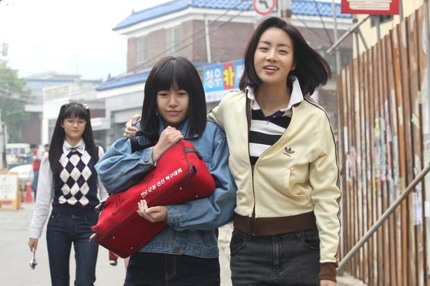 4 phim Hàn khiến bạn loá mắt bởi style retro: Phong cách khiến giới mộ điệu phát sốt, xem xong học hỏi được 1 rổ tips phối đồ - Ảnh 6.