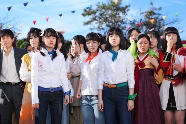4 phim Hàn khiến bạn loá mắt bởi style retro: Phong cách khiến giới mộ điệu phát sốt, xem xong học hỏi được 1 rổ tips phối đồ - Ảnh 1.