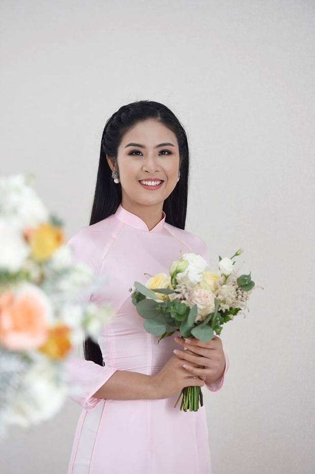 Hoa hậu Ngọc Hân chính thức hé lộ váy cưới, chỉ 1 chi tiết đã chứng minh hôn lễ hoành tráng đến tới nơi rồi! - Ảnh 4.