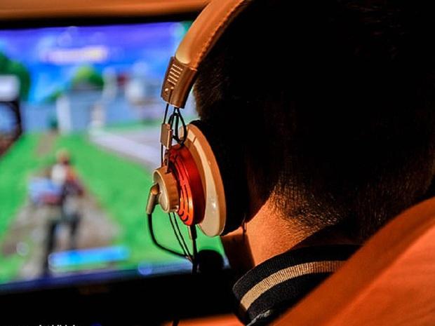 Ngay cả khi còn trẻ, game thủ cần hạn chế những thói quen này để tránh đột quỵ - Ảnh 1.