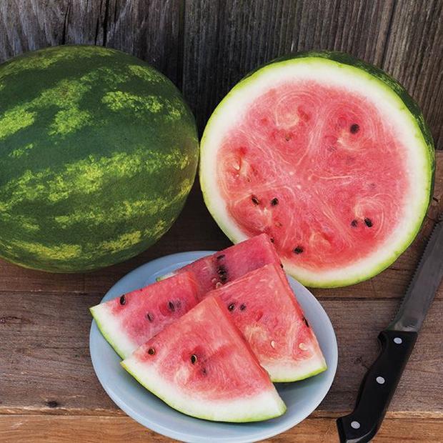4 nhóm người không nên ăn dưa hấu, nếu không sẽ làm trầm trọng thêm tình trạng bệnh, thậm chí gây tử vong - Ảnh 2.