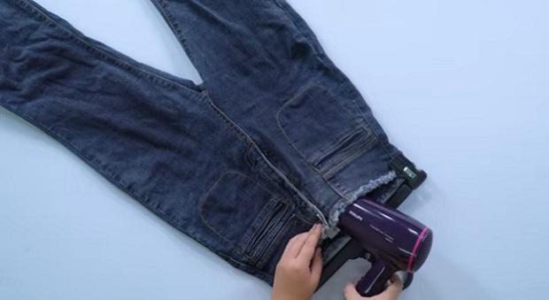 Để tránh tình trạng ướt như chuột sau khi dính mưa, đây là 5 tips cơ bản để làm khô cấp tốc quần áo của bạn - Ảnh 3.