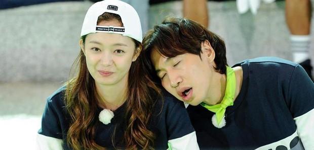 Tâm thư 7 thành viên gửi Lee Kwang Soo trước khi rời chương trình, fan đọc tới đâu khóc tới đó - Ảnh 8.