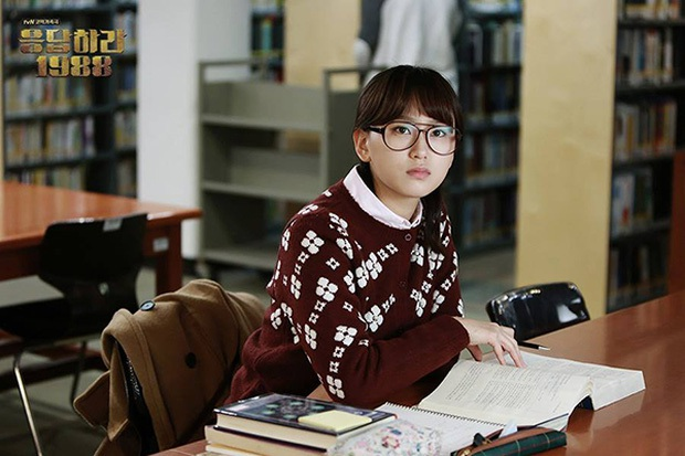 4 phim Hàn khiến bạn loá mắt bởi style retro: Phong cách khiến giới mộ điệu phát sốt, xem xong học hỏi được 1 rổ tips phối đồ - Ảnh 23.