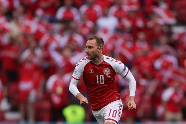 LĐBĐ Đan Mạch khiến tất cả thở phào khi đưa ra thông báo về tình trạng ở bệnh viện của Eriksen, cầu thủ nghe xong chấp nhận đá tiếp - Ảnh 4.