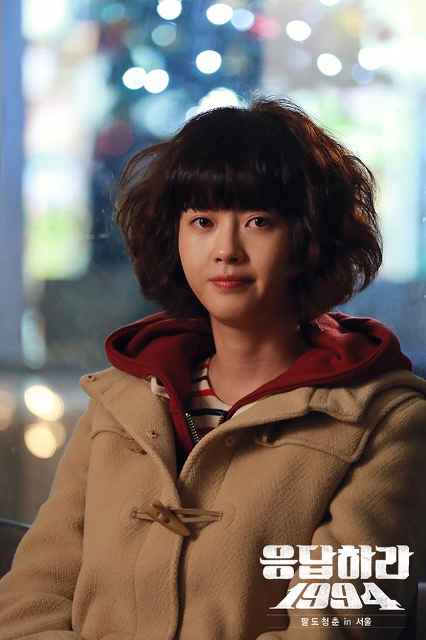 4 phim Hàn khiến bạn loá mắt bởi style retro: Phong cách khiến giới mộ điệu phát sốt, xem xong học hỏi được 1 rổ tips phối đồ - Ảnh 11.