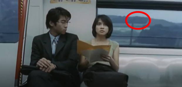 Bóng trắng ghê rợn xuất hiện ngay trên phim của Ảnh hậu Kim Mã, chấn động 19 năm rồi vẫn chưa có lời giải thích! - Ảnh 6.