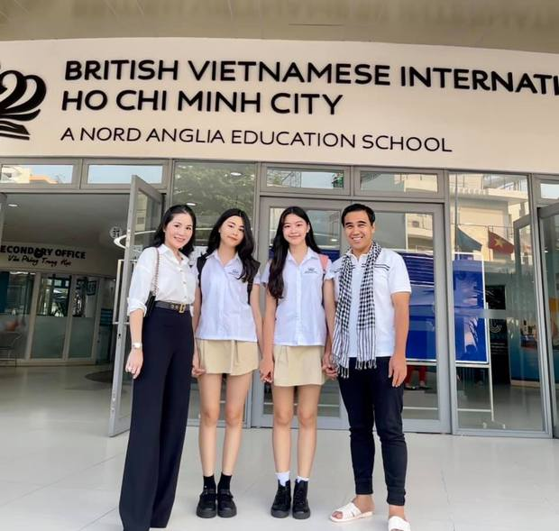 10 năm đi học của con gái MC Quyền Linh: Theo trường quốc tế học phí cả tỷ đồng, nhan sắc thay đổi ngỡ ngàng - Ảnh 2.